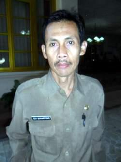 kepala dinas pendidikan kabupaten malang edi suhartono