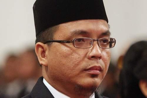 Kultwit Denny Indrayana Soal Advokat Korup