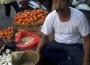 pedagang di pasar lawang