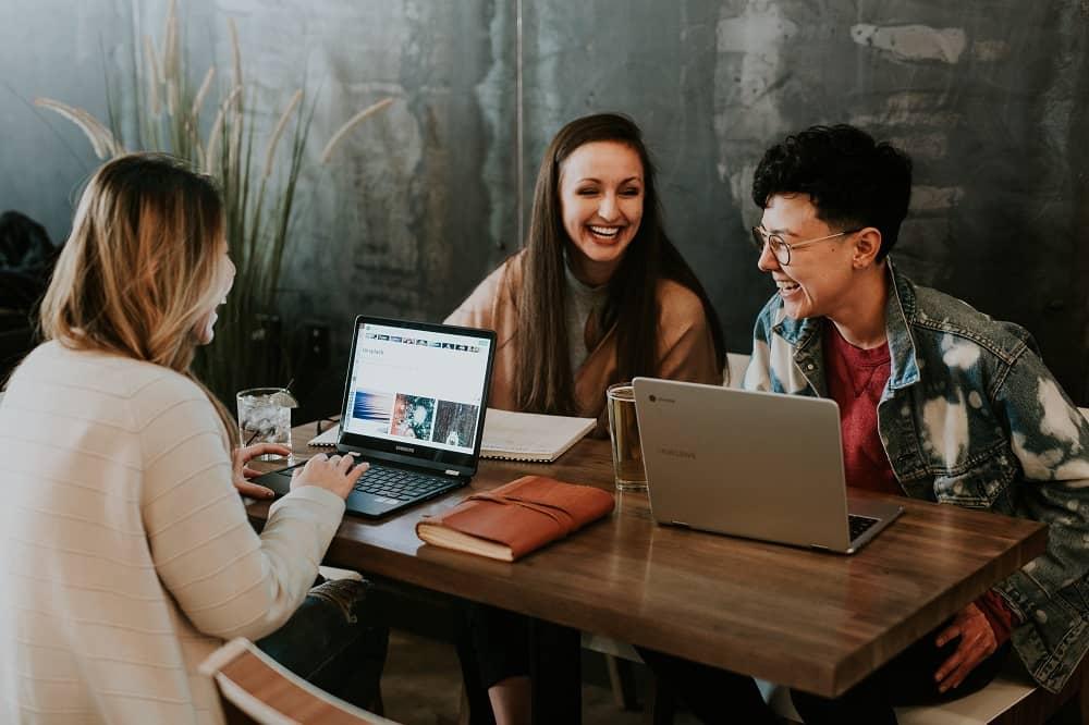 3 Cara Mendapatkan Uang Dari Internet Freelance